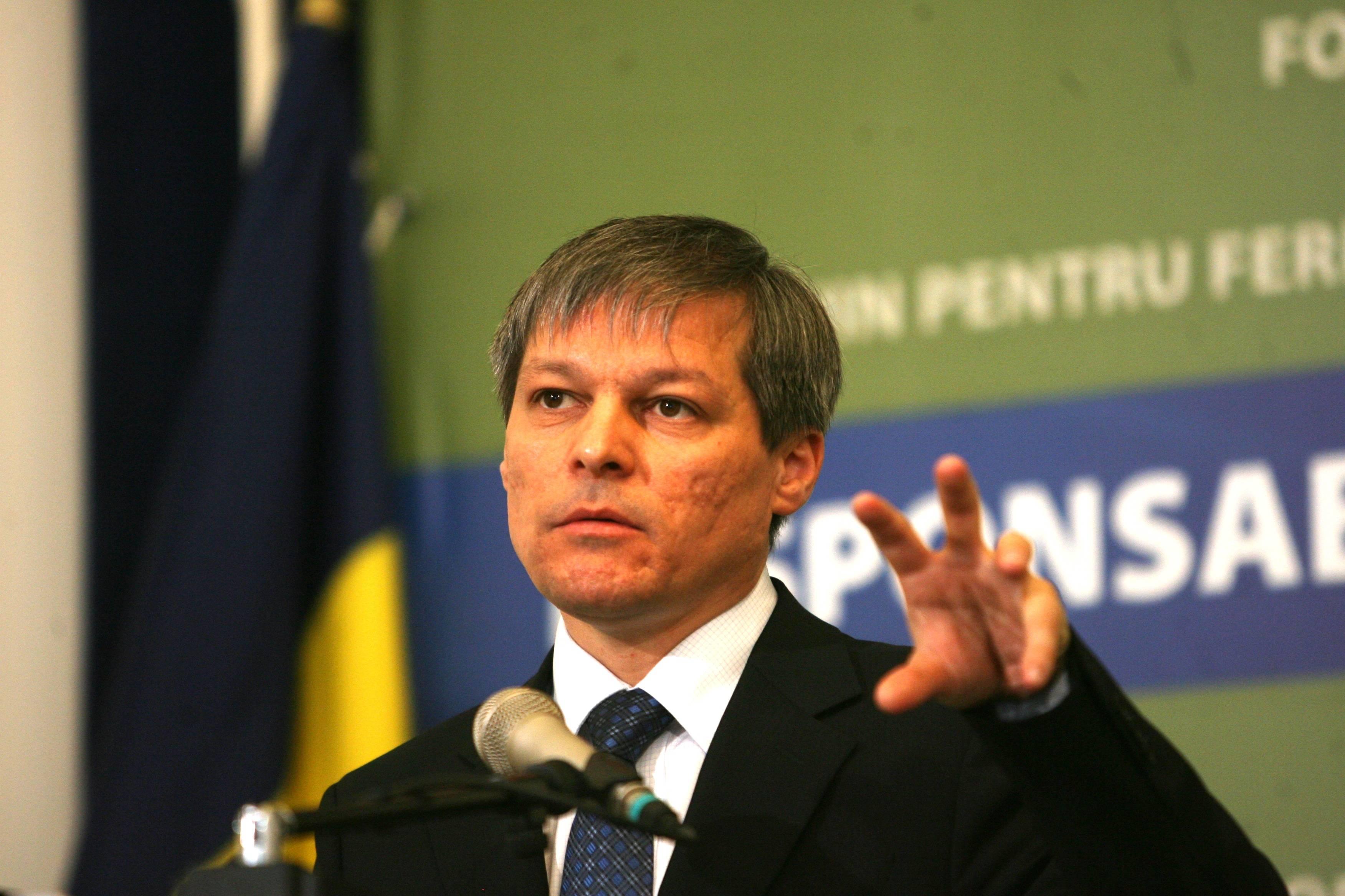 Dacian Cioloș, pus la zid pentru diferențele mari dintre subvențiile fermierilor europeni