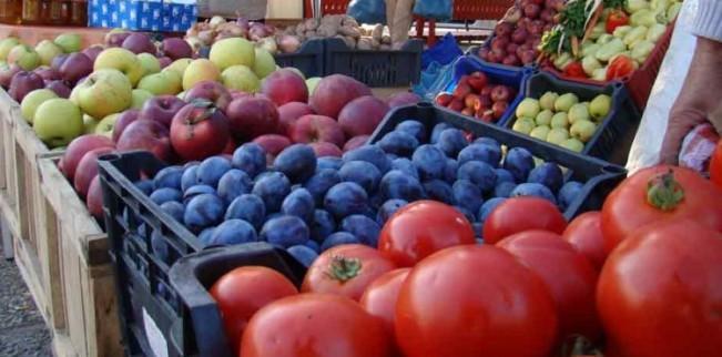 Paradoxul romanesc: Exportam materii prime ieftine si importam produse finite scumpe