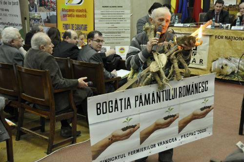 TRAILER. Vanzarea cu halca a Romaniei. Jaful terenurilor arabile – 3 Martie 2014
