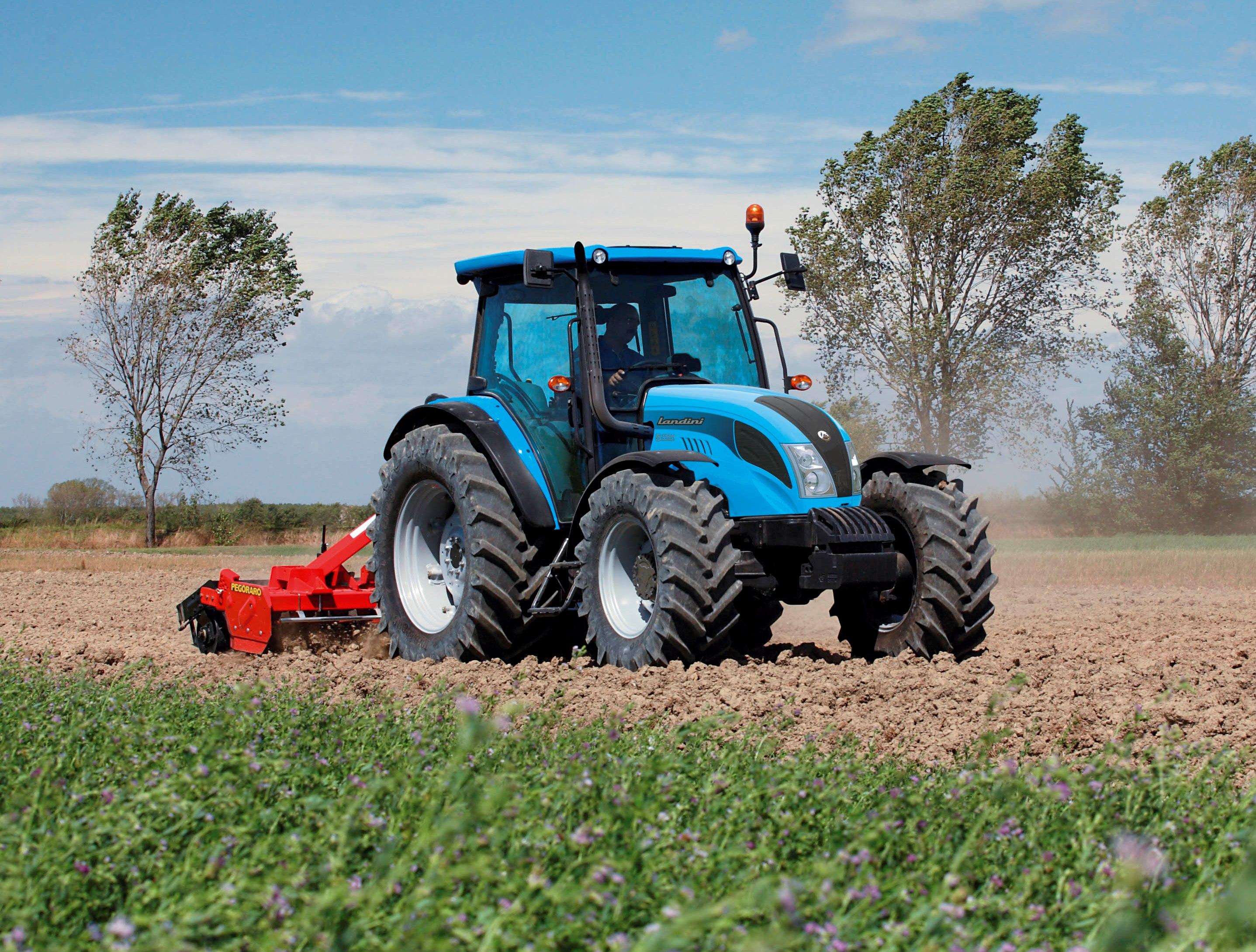 Vânzările de utilaje agricole încep să se dezghețe