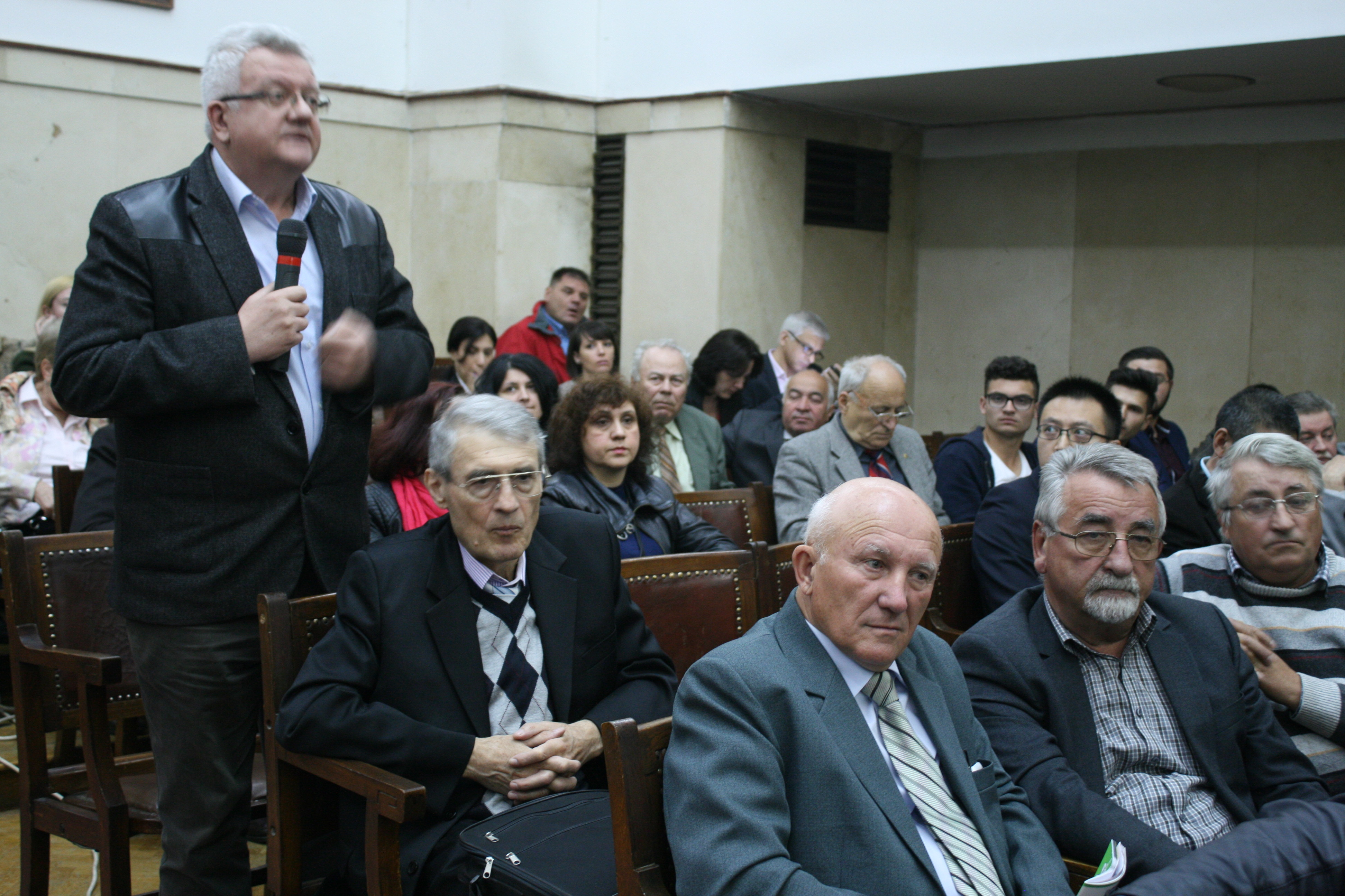"""VIDEO. Conferintele AgroStandard, editia a X-a, """"Fermieri vs. hypermarket-uri"""", 16 mai, ASAS"""