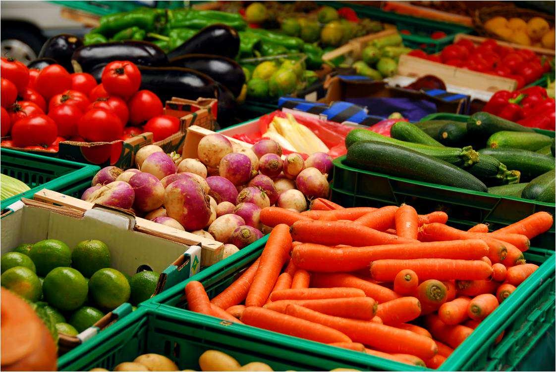 Importurile de legume proaspete tot mai mari, subiect de dezbatere maine la conferinta Legume Fructe