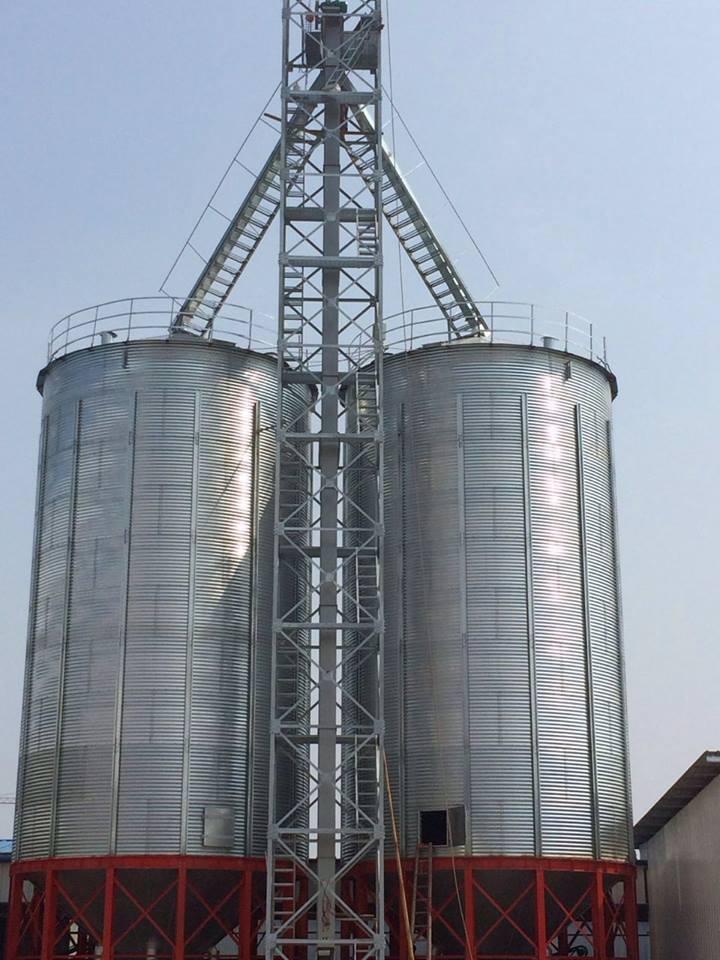 Romania are 4.915 depozite autorizate cu o capacitate de 23,38 milioane de tone