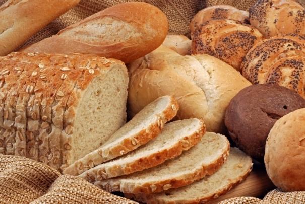 Liderul fermierilor: Avem cel mai bun grau din Europa, dar romanii mananca cea mai proasta paine