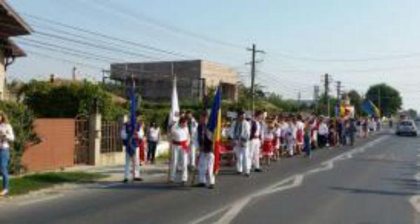 Vizita de sambata. Petre Daea la Festivalul Rodul Pamantului la Cumpana (Constanta)