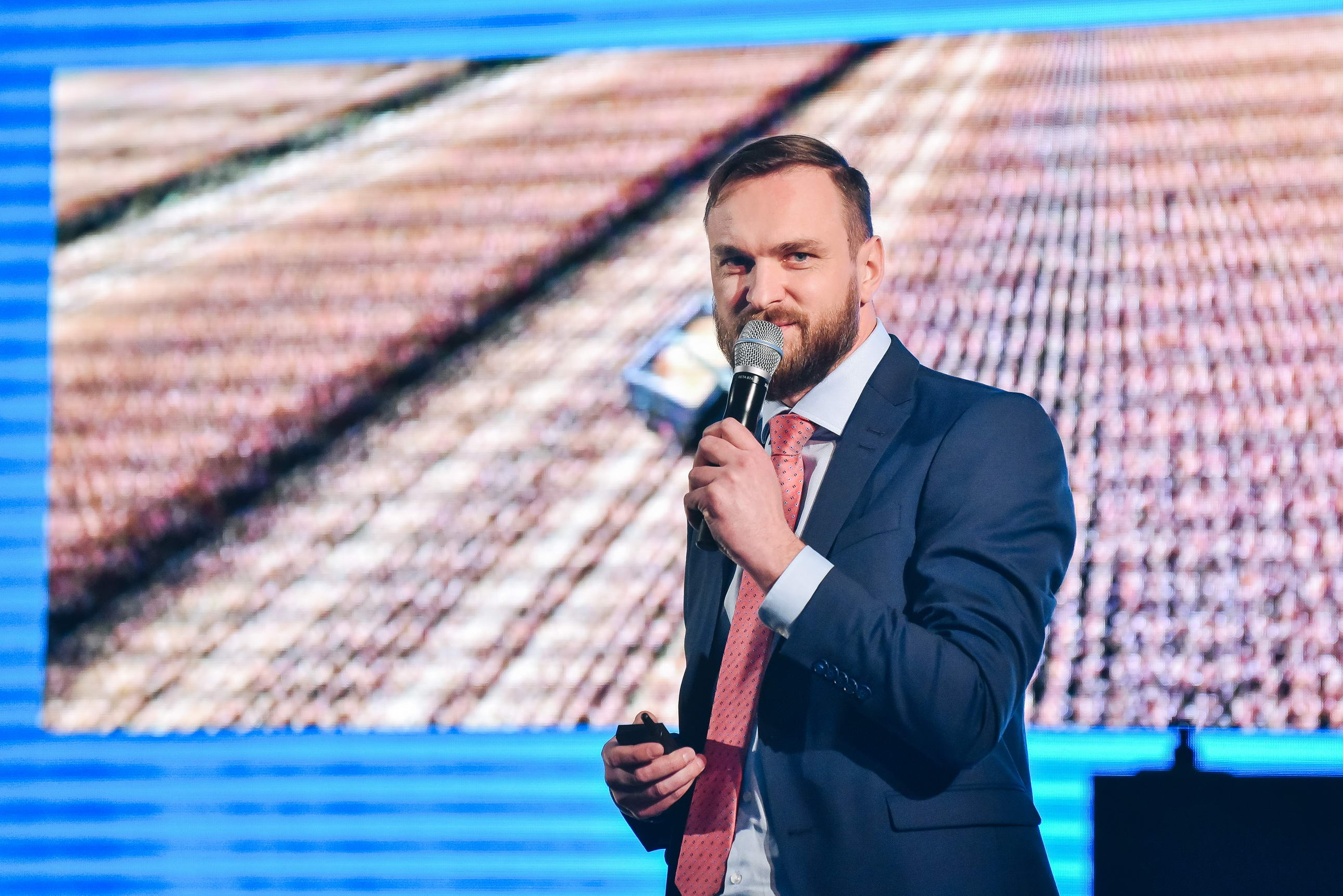 DEKALB® a lansat in Romania platforma digitala SMART
