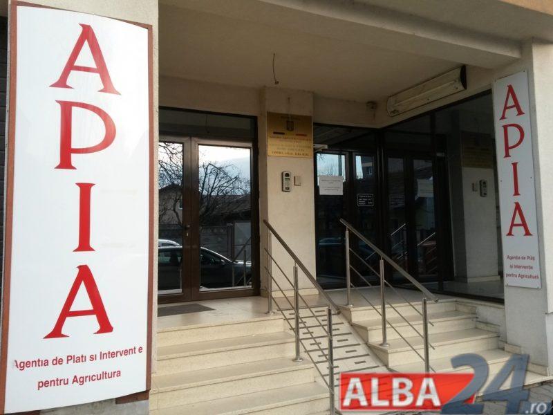 "Satui de ""Revolutia Fiscala"", salariatii de la APIA Alba au dat in judecata Ministerul Agriculturii"