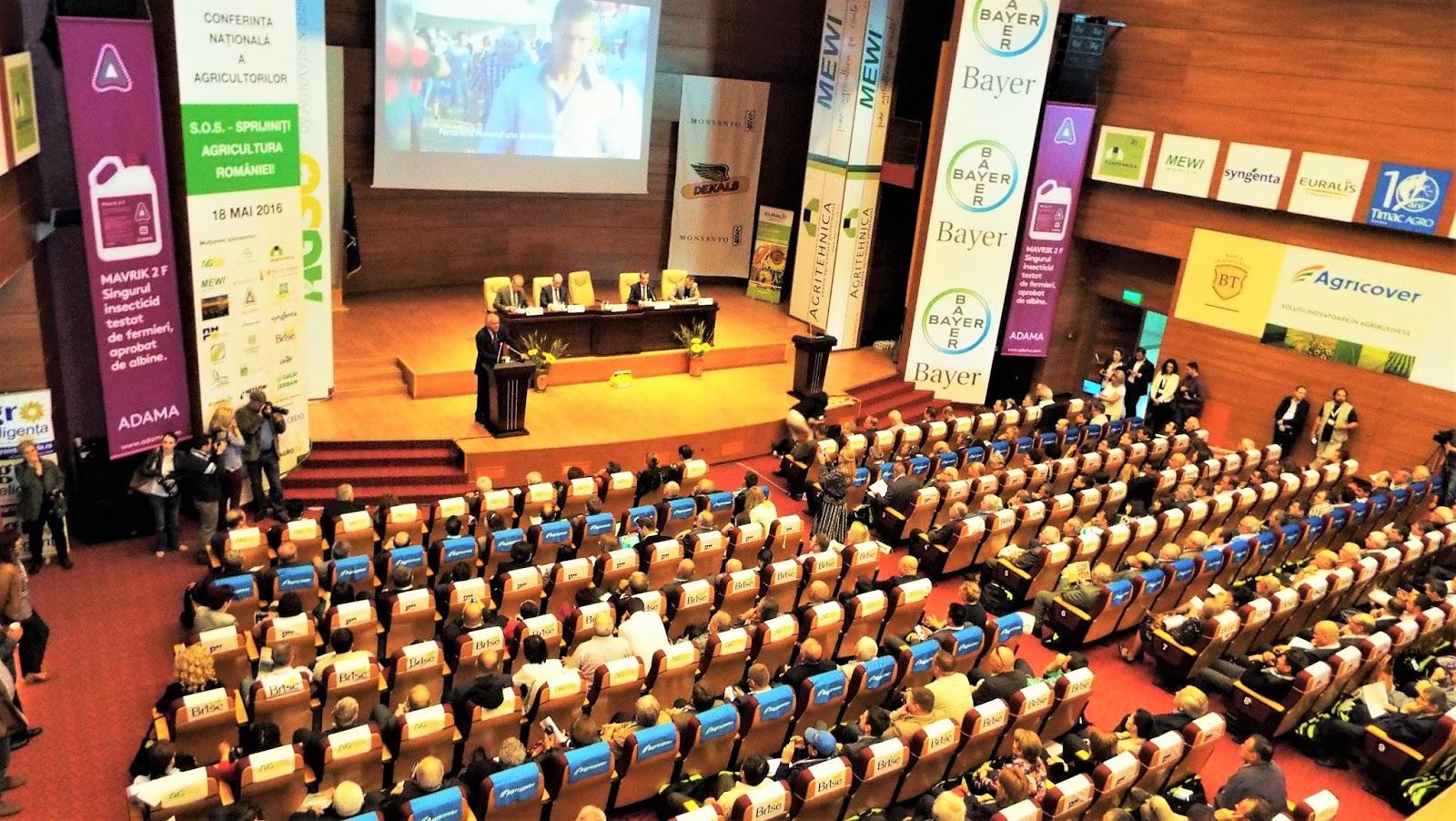 Peste 1.000 de fermieri participa la Conferinta Nationala LAPAR