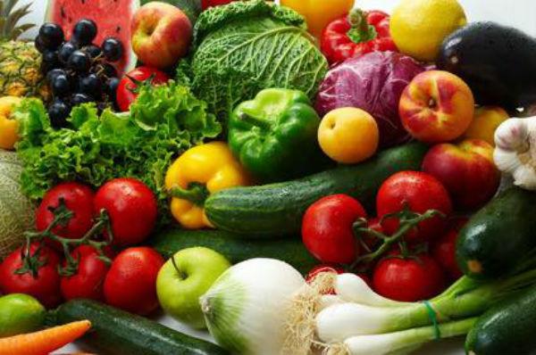 Romanii, codasi la consumul de fructe si legume