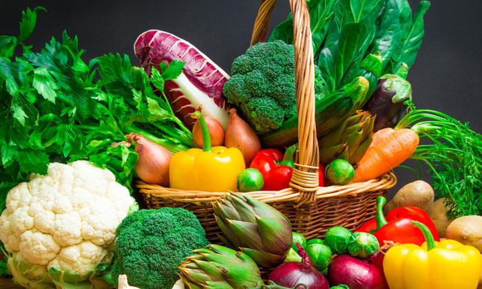 Importuri de legume si fructe in valoare de 783,1 milioane de euro, in primul semestru