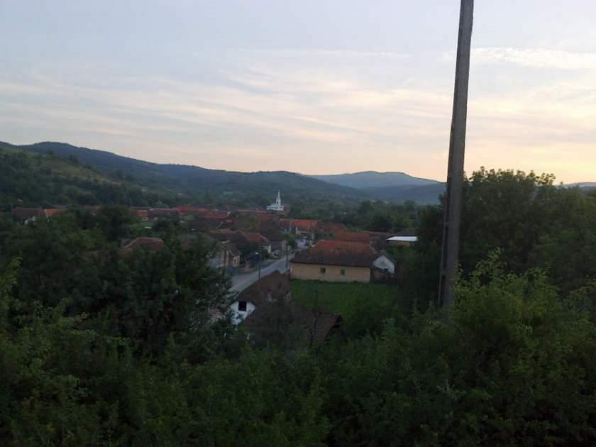 Un sat intreg retrocedat unei singure familii, in Arad!