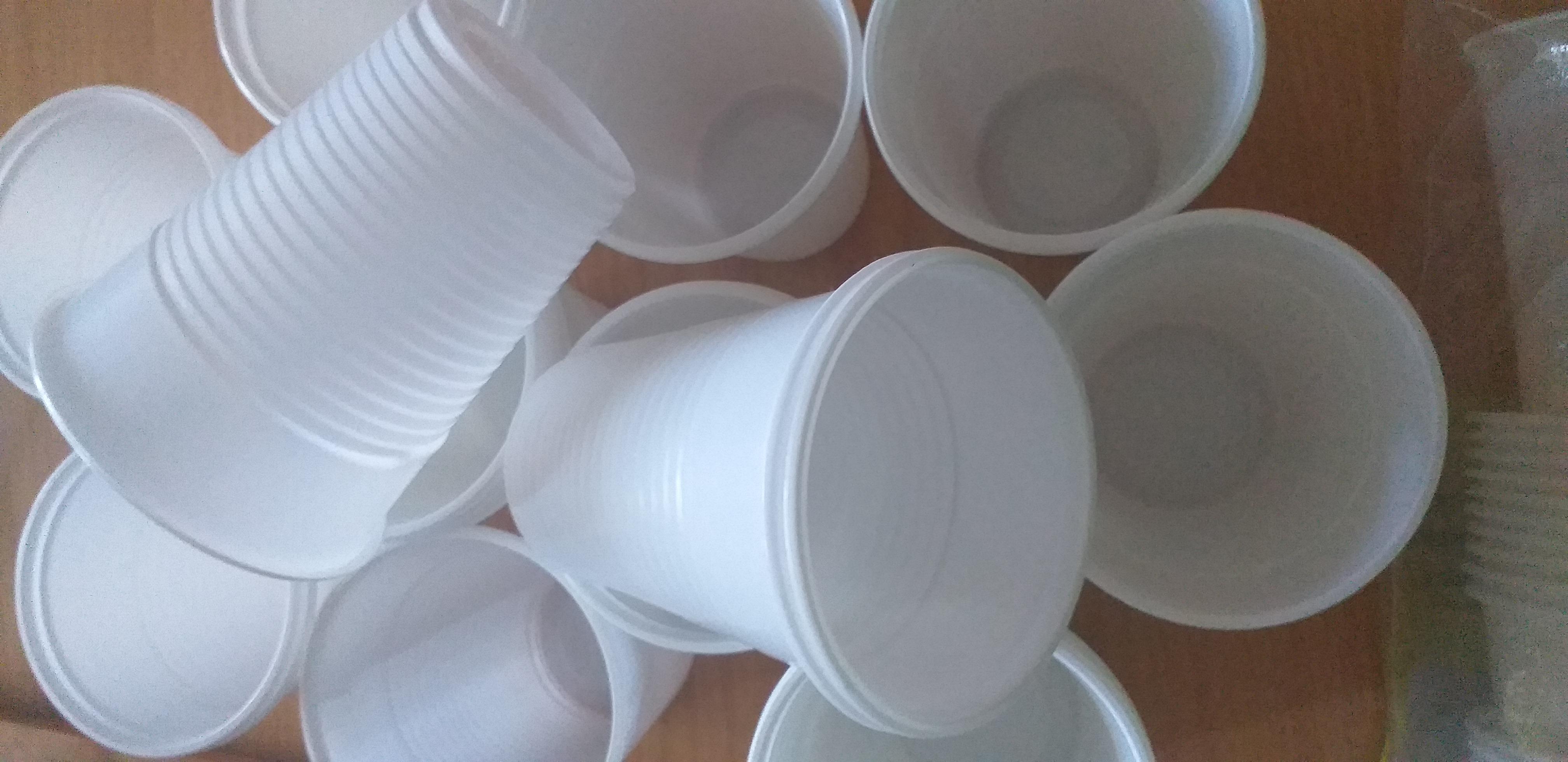 Produsele de unica folosinta din plastic, interzise incepand cu anul 2021