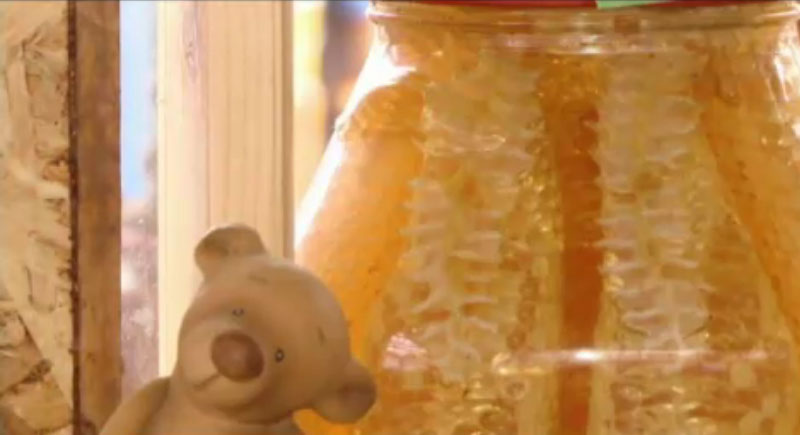 Apicultorii asteapta o productie de miere mai mare, in 2019! Mai mult de jumatate va merge la export