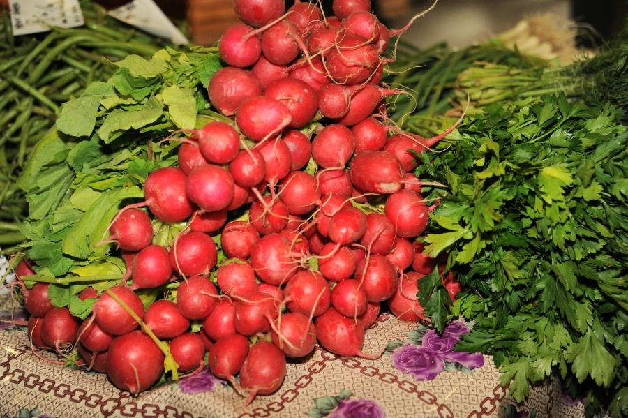 Substituirea legumelor si fructelor autohtone cu cele provenite din import, o practica la ordinea zilei