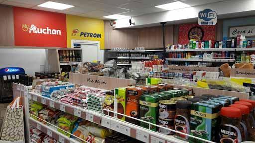 Magazinele din statiile Petrom, in portofoliul Auchan