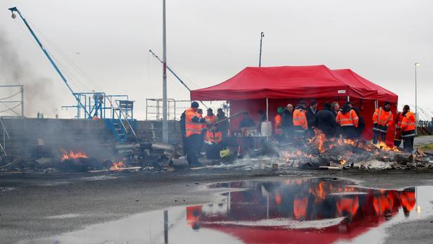Exporturile frantuzesti de grau, blocate de grevele din porturi