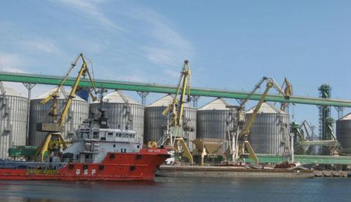Un business profitabil: silozurile de cereale din portul Constanta
