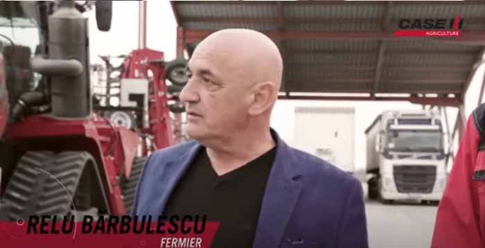"""Ce face """"cel mai mare si mai puternic tractor din lume"""" la o ferma din Ialomita"""