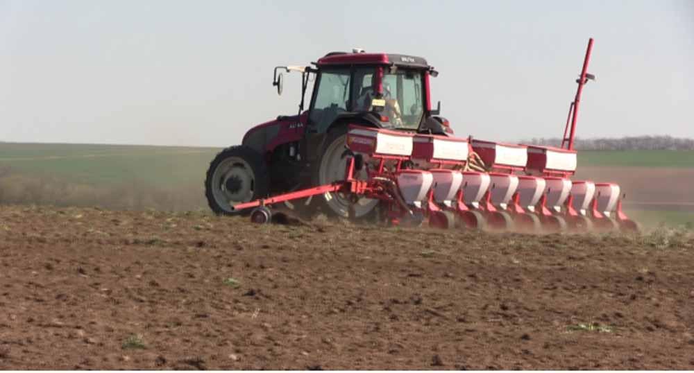 Fermierii din Vaslui nu mai au bani sa plateasca ratele la credite