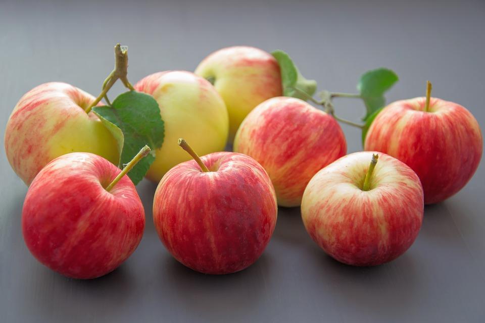 Romania in topul tarilor cu cele mai ieftine mere din lume!