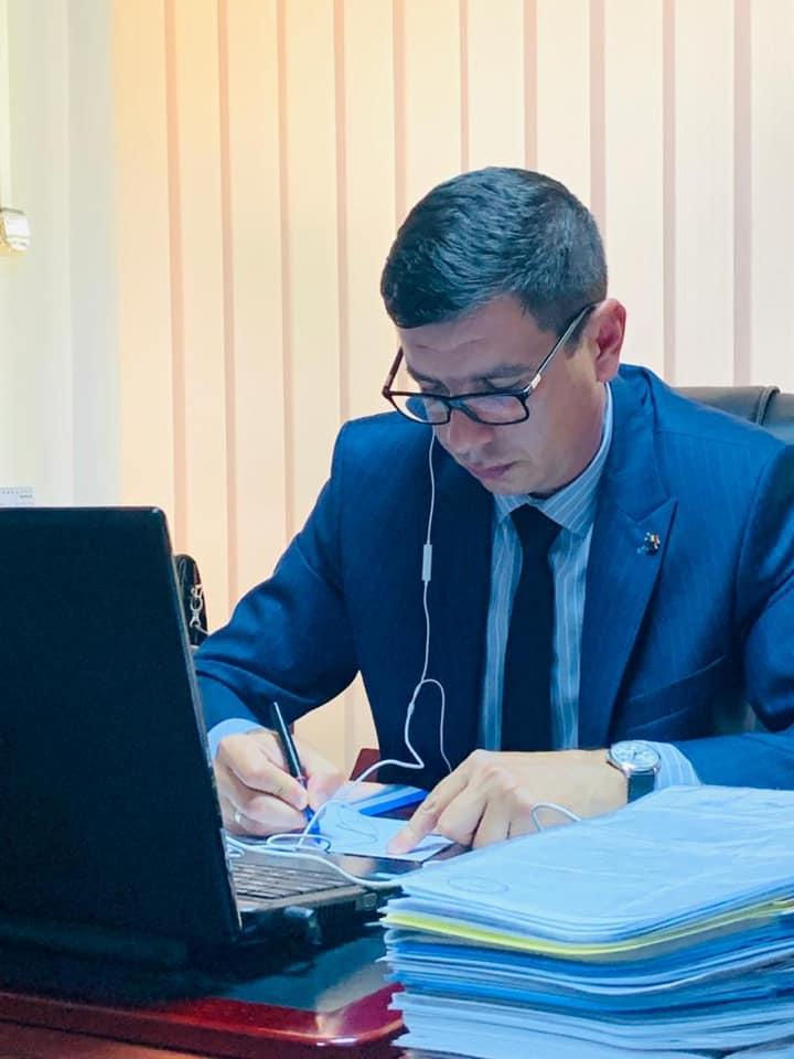 Emil Dumitru dupa 4 zile si nopti de negocieri cu UE: Un buget rezonabil, dar nu ne multumeste intru totul!