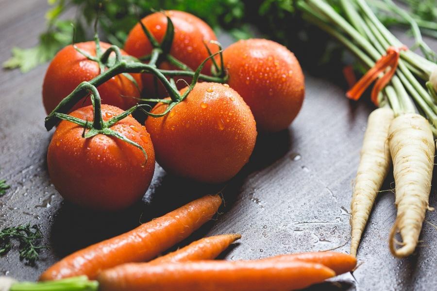 MADR: Probleme cu etichetele si carnetele de comercializare la legume si fructe!