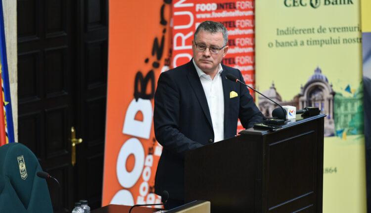 Adrian Oros la BucharestFoodSummit: De 1 decembrie semnam doua programe importante in valoare de peste 7 mld. euro