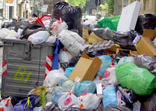 Amenzi uriase pentru necolectarea deseurilor biodegradabile, incepand cu 20 februarie