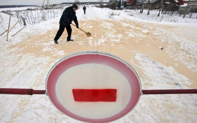 Rusia anunta primele cazuri de infectie cu o tulpina noua a virusului gripei aviare H5N8 la oameni