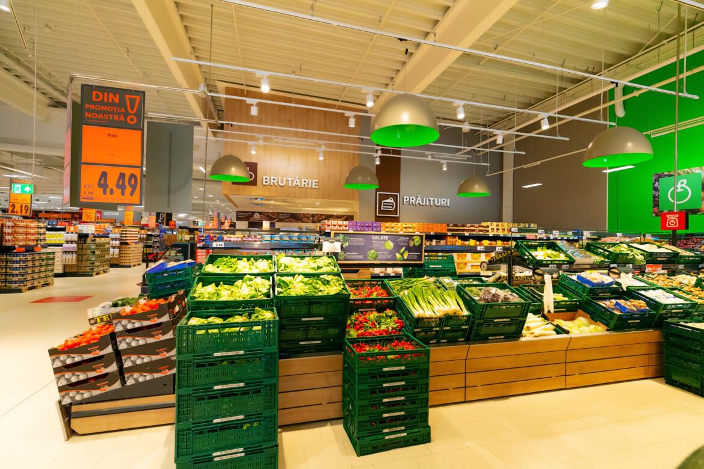 Kaufland Romania va prelua productia de legume si fructe de la 237 de fermieri inscrisi in Cooperativa Tara mea