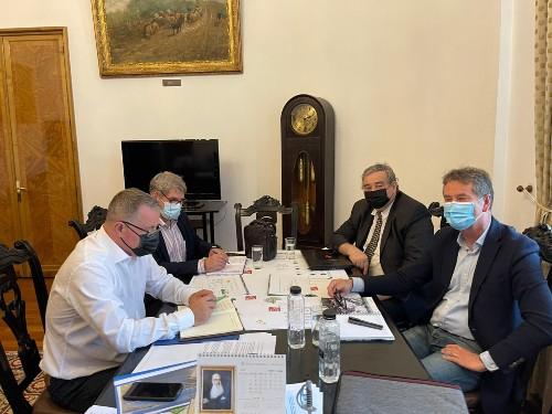 Proiect pilot pe zona de irigatii pregatit de ministrul Adrian Oros