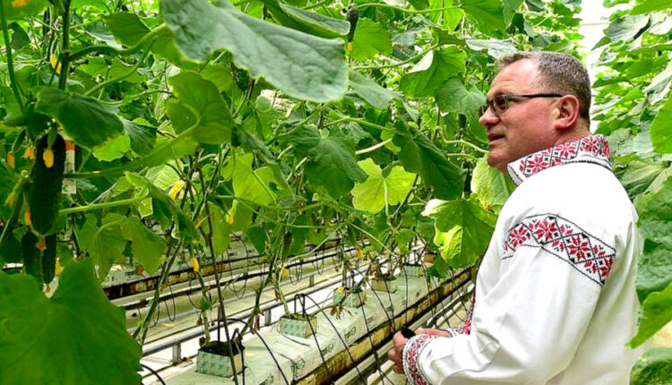 Ministrul Agriculturii, Adrian Oros, și-a dat demisia